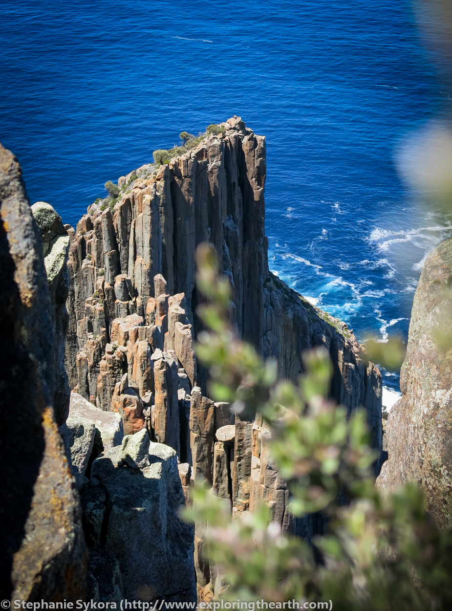 Tasmania, Australia, Geology, Tasman Peninsula, Rocks, Sea columns, sea cliffs, south, antarctica, adventure, travel, blog, geologist, exploring, exploration, dolerite, what rock type is, how did form, ocean, sea, intrusive, extrusive, geomorphology, cape raoul, bush walking, hiking